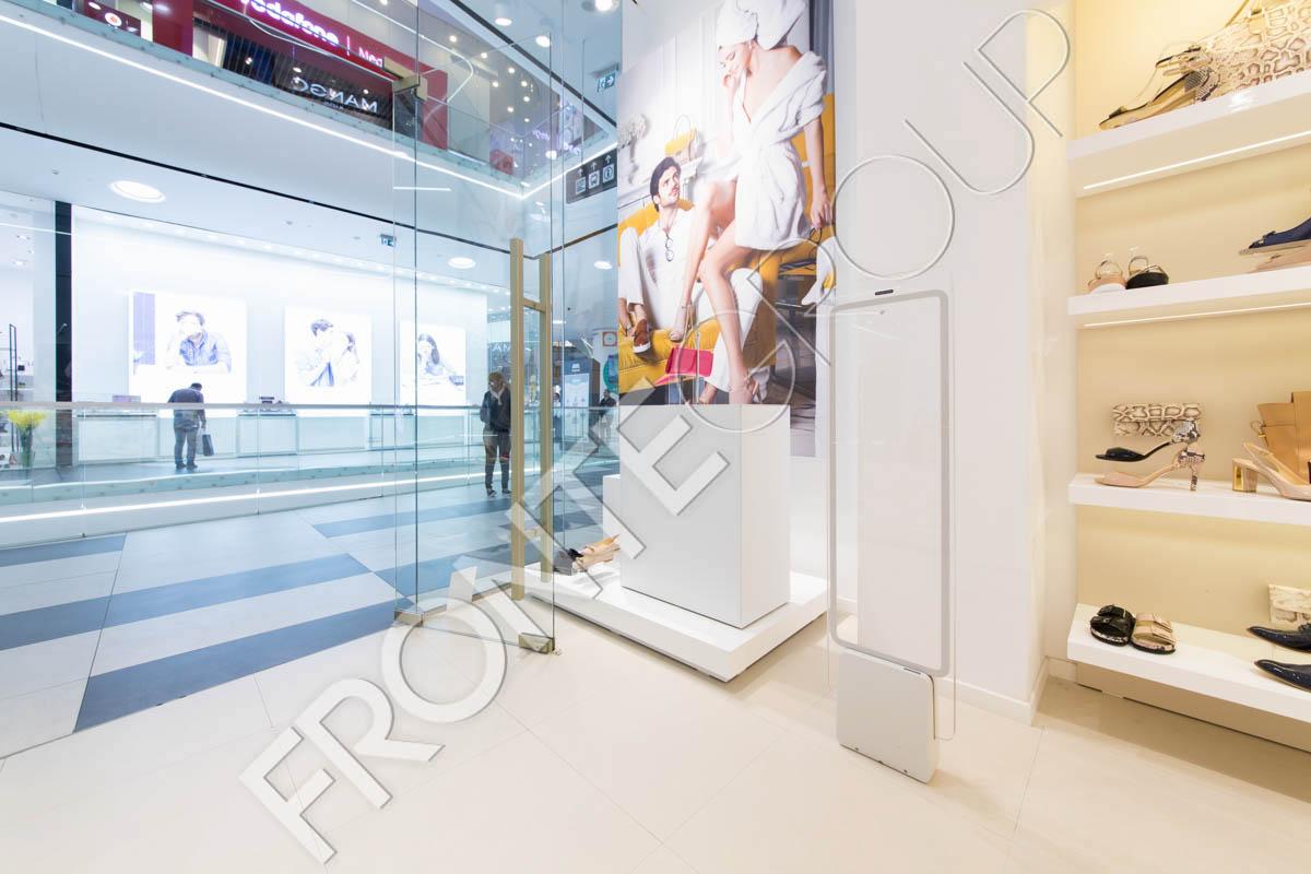 IL PASSO Mega Mall - Mobila pentru magazin - Amenajare și mobilier spații comerciale